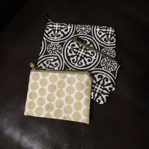 fc804cc8c870 3 toss designs cosmetic bags nwot